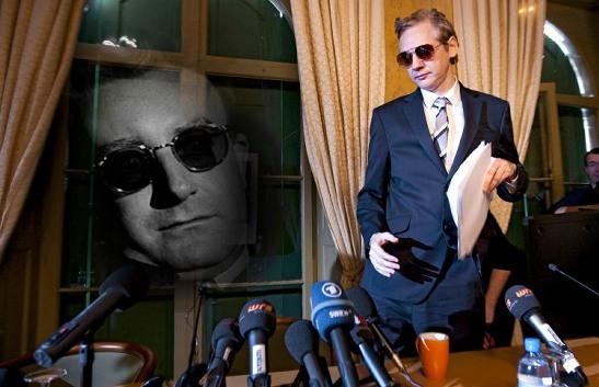 Wikileaks - Julian Assange - counter-intelligence - cyber security - Page 2 Assange_00